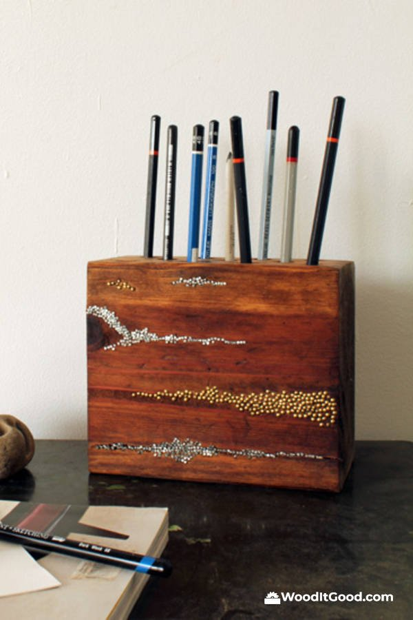 DIY Wood Block Pencil Holder - Small Woodworking Gifts For Beginning Woodworkers To Make.