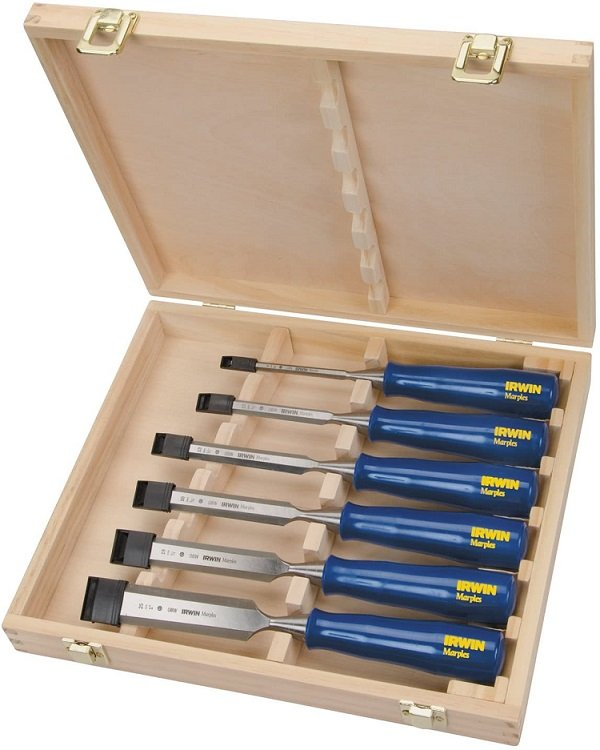 This is a chisel set.  An essential if you are aiming to work with primarily hand tools.